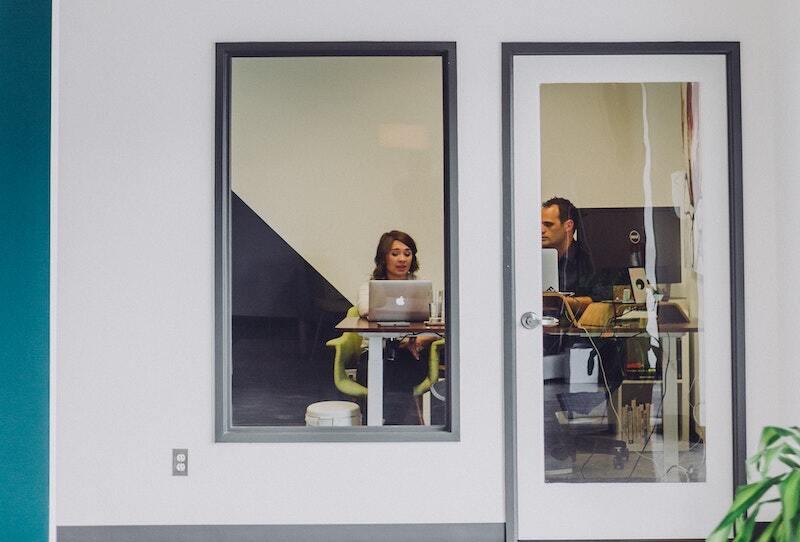 comportement sexiste au travail