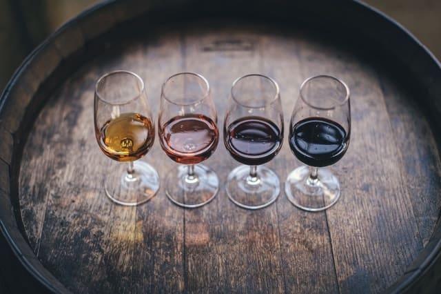 ouvrir un bar à vin